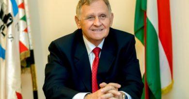 Dr. Túrós András elnöki köszöntője